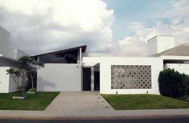 Casa Rendada